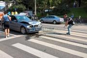 FOTO - Accident în Mănăștur! O tânără a ajuns la spital după ce a dat cu