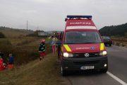 FOTO - Accident terifiant la Izvorul Crișului, mașină intrată sub TIR