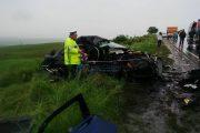 Atenție la drum! O mașină s-a răsturnat între Vâlcele și Mărtinești