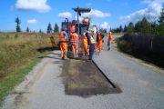 Lucrările de asfaltare pe raza localităţii Scrind Frăsinet au fost finalizate