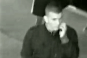 VIDEO - Unul dintre bătăușii din Piața Mărăști s-a predat la Poliție, după ce s-a recunoscut în imagini. Clujeanul agresat e tot în comă