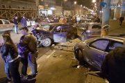 FOTO - Accident grav în fața sediului ISU Cluj. Patru persoane rănite și șapte mașini avariate