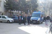 VIDEO - Înmatriculări cu jandarmii la Cluj-Napoca. Circ și acuzații că 200 de lei ar costa un număr de ordine
