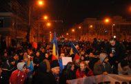 FOTO/VIDEO - Ziua a patra de proteste la Cluj-Napoca. 40.000 de persoane au ieșit în stradă împotriva modificării Codului penal și Codului de procedură penală