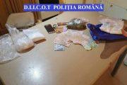 FOTO/VIDEO - Peste 3 kilograme de droguri a ridicat DIICOT în urma unor percheziții care au avut loc la Cluj