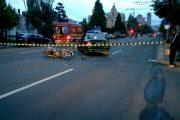 VIDEO - Nu a oprit la STOP și a spulberat un motociclist în centrul Clujului