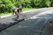 Lucrări de asfaltare pe drumul județean Râșca - Beliș
