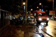 VIDEO - Accident teribil pe strada Traian Vuia. Trei răniți, doi au rămas încarcerați