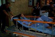 VIDEO - Tânărul împușcat de polițiștii din Huedin a fost operat. Gestul fugarului de pe targă
