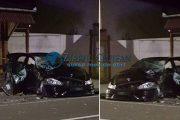 FOTO - Accident la Izvorul Crișului! O beizadea și-a băgat un prieten în spital și și-a făcut praf bolidul. Conducea beat