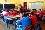 VIDEO - Epidemie de păduchi într-o școală din județul Cluj, de la începutul anului școlar