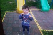 VIDEO – Un copil de doi ani a dispărut. Autoritățile îl caută cu elicopterul! DĂ SHARE - Poliția face apel către populație pentru găsirea lui - UPDATE - A FOST GĂSIT