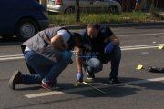 FOTO - Se caută un OPEL VECTRA, gri metalizat, cu numerele BV – 88 – SBA. A accidentat grav o femeie pe strada Corneliu Coposu și a fugit!