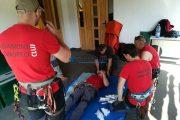 Exercițiu regional de salvare din peșteră organizat de salvamontiștii clujeni în Munții Bihor-Vlădeasa