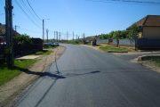 Lucrări de asfaltare pe drumul judeţean care duce spre Băile Cojocna