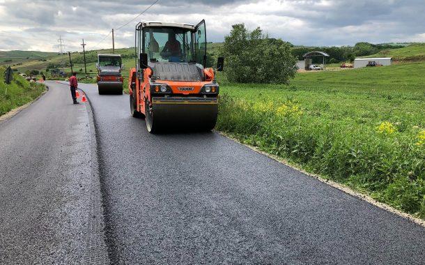 Modernizarea drumului județean 151C Tritenii de Jos – limită cu județul Mureș se apropie de finalizare
