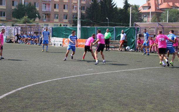 Clujenii amatori de minifotbal se pot înscrie la Neymar Jr's Five. Două echipe din Cluj Napoca vor merge la finala națională