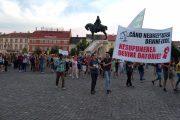 VIDEO - Schimbările la Codul de Procedură Penală au scos Clujul în Stradă. Clujenii apără și JUSTIȚIA!