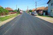 S-a finalizat asfaltarea sectorului de drum dintre Apahida şi Morişti
