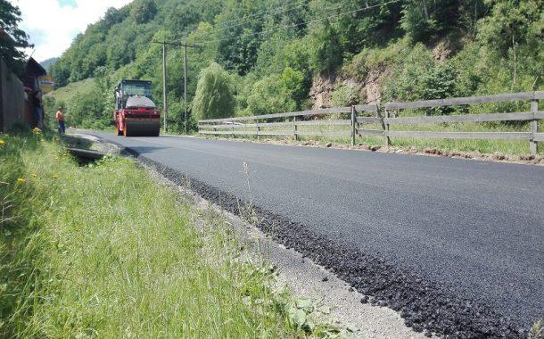 Lucrări de asfaltare finalizate pe drumul județean 107J Valea Ierii – Caps - Cerc