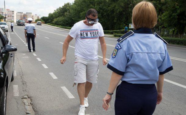 FOTO - Acțiune inedită a polițiștilor clujeni. Ce au primit șoferii în trafic
