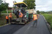 A început asfaltarea pe drumul judeţean DJ 109D Sic – Coasta – Vişea