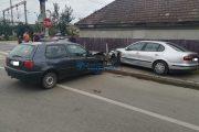 FOTO - Adolescent urmărit de poliție prin Someșeni. Cursa s-a oprit într-un autoturism parcat