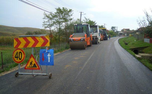 Au fost finalizate lucrările de asfaltare pe drumul județean 161A Iuriu de Câmpie – Ceanu Mare