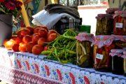 Satul vine la oraș cu produse proaspete și delicioase