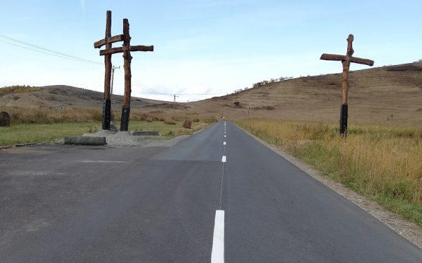 Lucrări de marcaje rutiere pe drumul judeţean 161A Apahida - Morişti