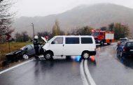 FOTO - Accident cu 4 răniți în Bucea, comuna Negreni