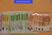VIDEO - Adevărată avere găsită în casa unui samsar de mașini, după perchezițiile de ieri. Românii au țepuit Germania cu 21 de milioane de euro