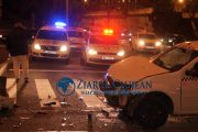 VIDEO - Accident la podul Calvaria între un taxi și un tramvai, două persoane rănite