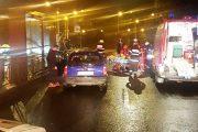 VIDEO - Tânără accidentată grav pe o trecere de pe strada Primăverii